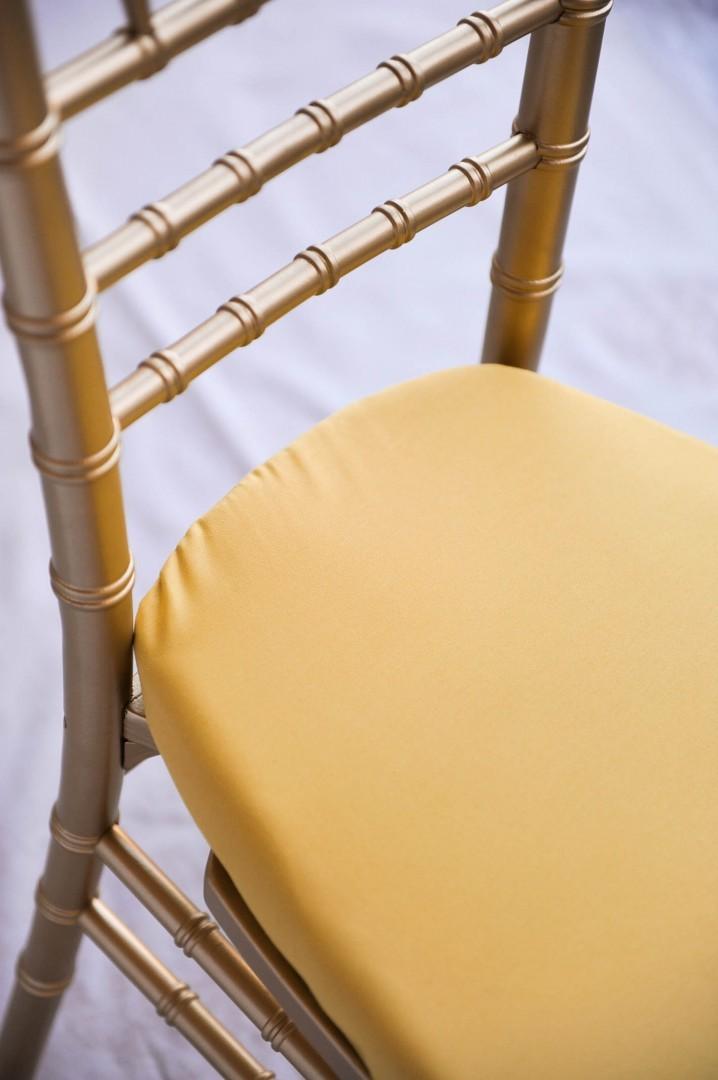 Noleggio Sedia modello Chiavarina colore Oro completa di