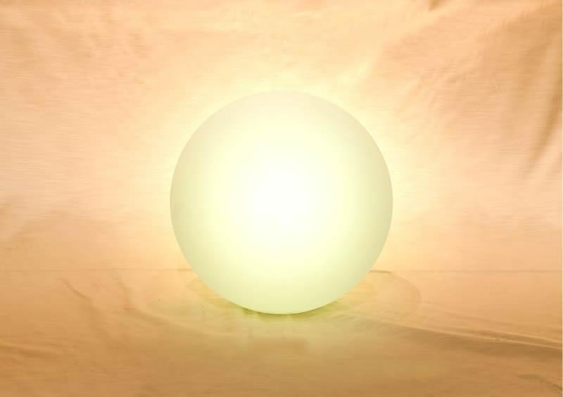 Noleggio globo luminoso a batteria da esterno e interno in