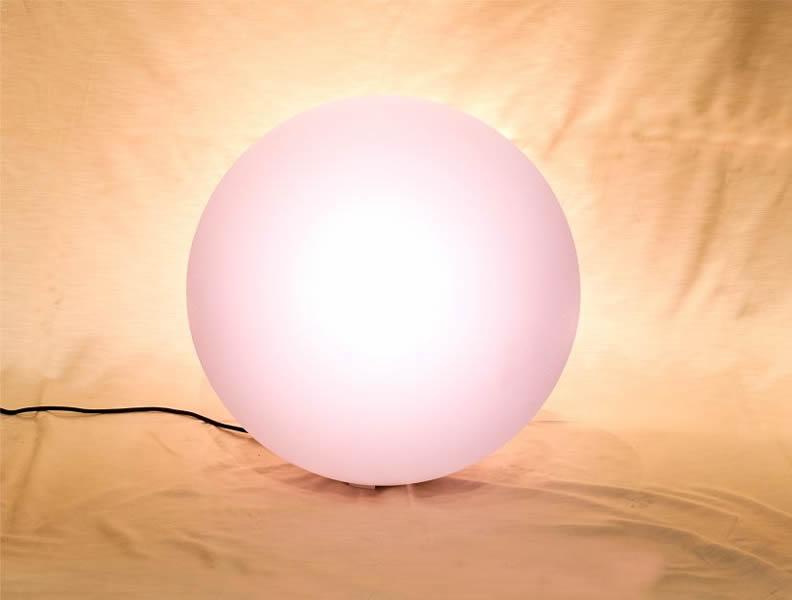 Noleggio globo luminoso a corrente volt da esterno e interno